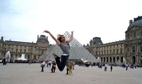 kimberly jumps, louvre, paris