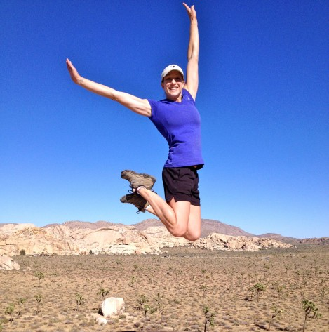 kimberly-jumps-joshua-tree